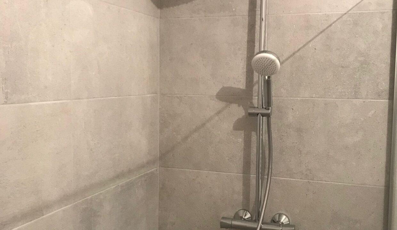 salle bain 4 pommeau de douche